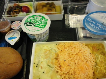 singapore airline 機内食 成田-シンガポール.JPG